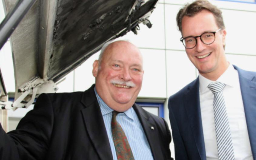 PaderSprinter: Hendrik Wüst zu Besuch beim PaderSprinter