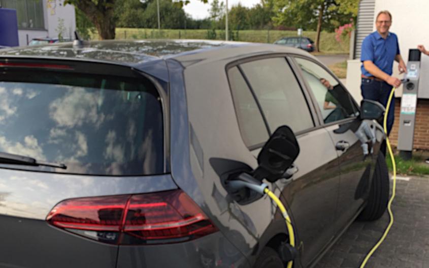 PaderSprinter: Ladesäulen am Betriebshof für Elektroautos